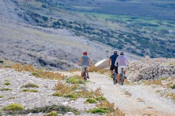 turisticka-agencija-perla-pag---rent-a-bike-10